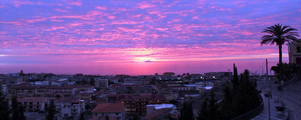 Amantea al tramonto
