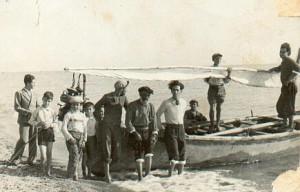 Ciurma di pescatori amanteani nel 1936