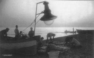 Pescatori amanteani con lampara
