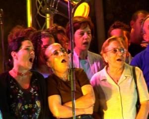 Esibizione del Coro Popolare (2)